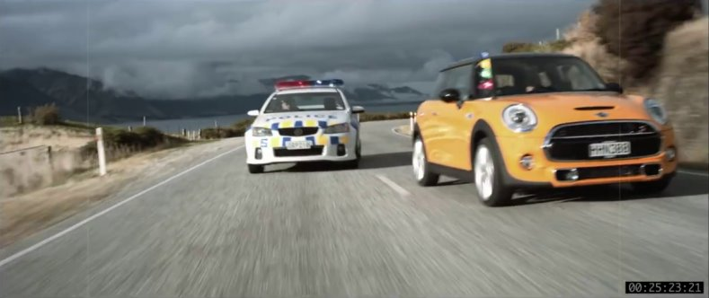 Mini re-creates <i>Goodbye Pork Pie</i> chase scene to launch fourth-generation model