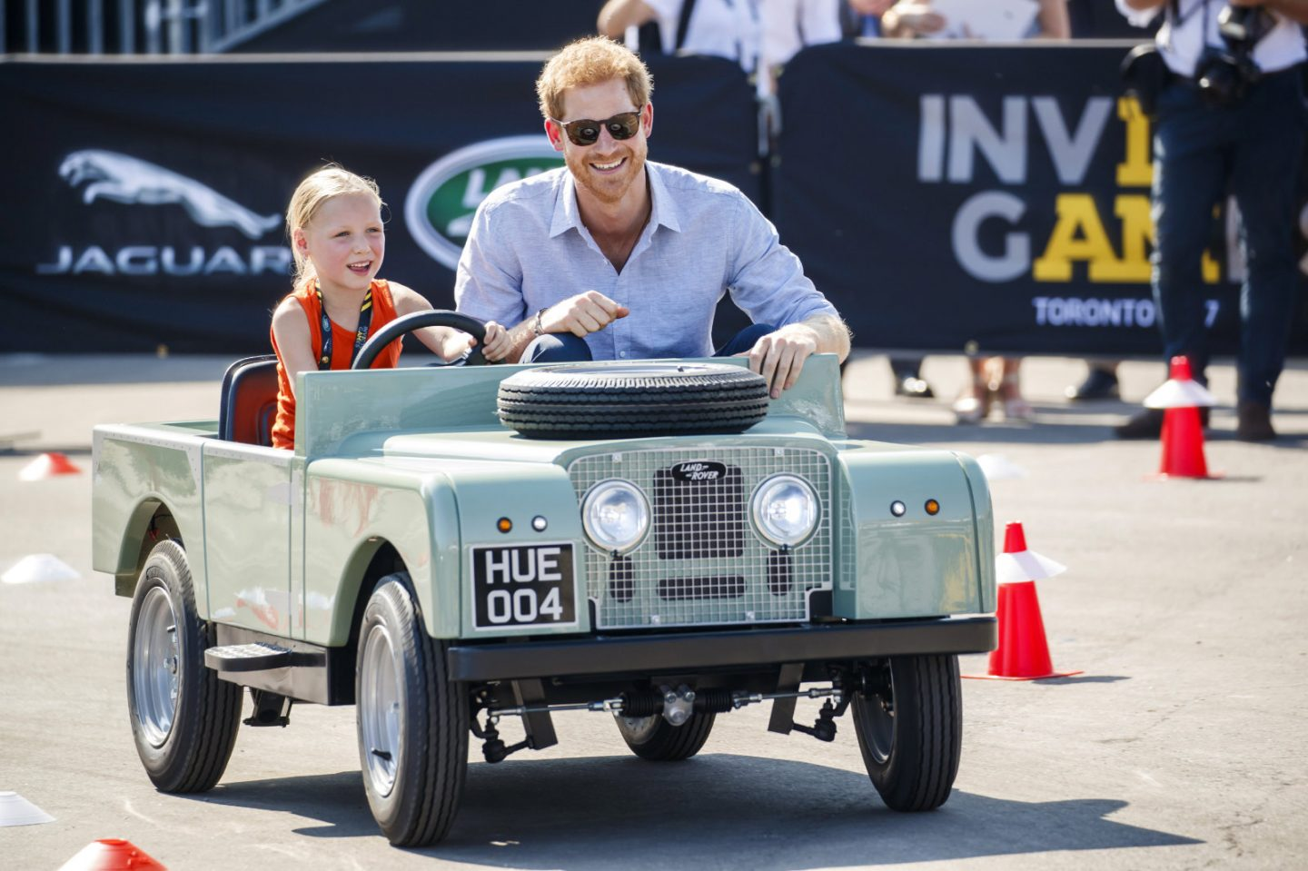 Prince Harry kicks off Invictus Games in Toronto, awarding first medals in Jaguar Land Rover challenge