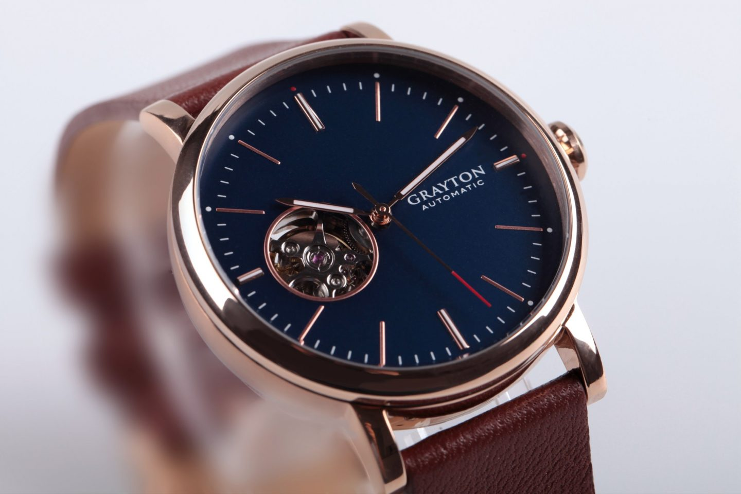 Grayton announces first mechanical watch with smart features