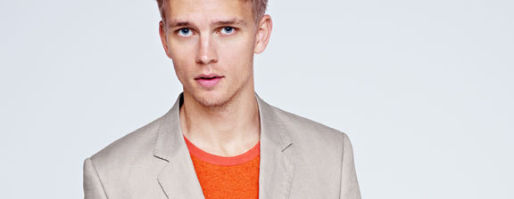Hennes & Mauritz shows its spring 2012 menswear