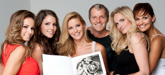 Manfred Baumann re-creates classic Herb Ritts supermodel shot with five Miss Austrias