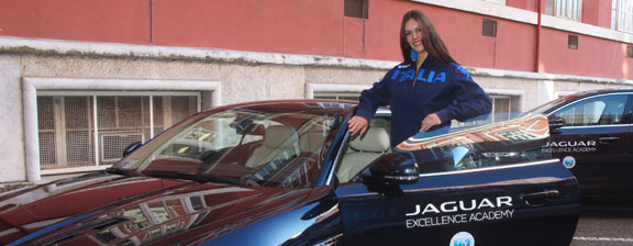 Jaguar supports Italian rowing with scholarship programme